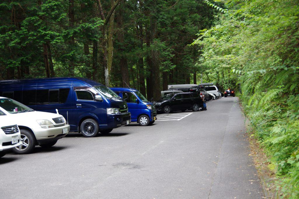 乳岩峡登山口駐車場